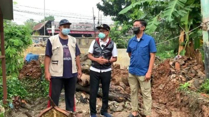 Tangani Tanggul Jebol di Kali Cabang Tengah Depok Jaya, Dinas PUPR Kota Depok Pasang Bronjong