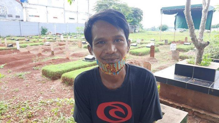 Cerita Petugas Penggali Makam Jenazah Pasien Corona di TPU Jombang, Tak Takut Terinfeksi