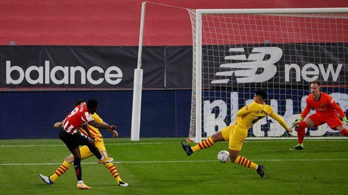 Inaki Williams mencetak gol pembuka buat Athletic Bilbao saat menjamu Barcelona