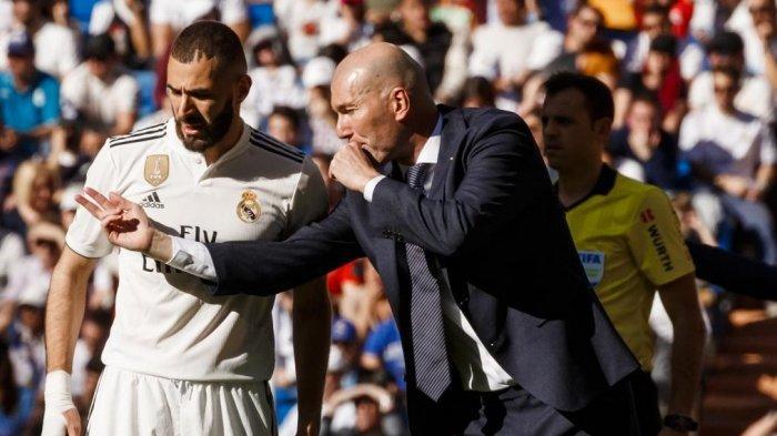 Zinedine Zidane Masih Buru Pemain Bintang