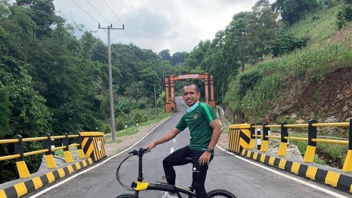 Kompetisi Liga 1 2020 Dihentikan Sementara, Irfan Jaya Pilih Pulang Kampung dan Bersepeda ke Gunung