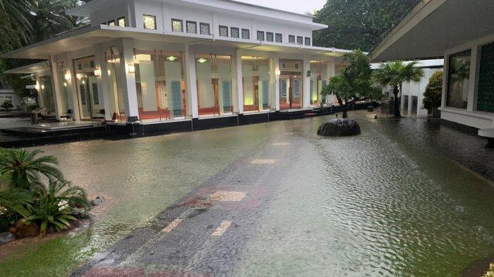 Genangan di Istana Negara Sudah Surut, Penyebabnya Limpasan Pintu Air Manggarai