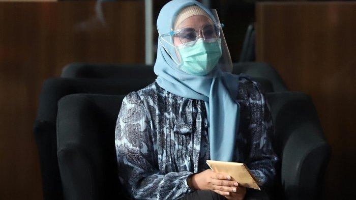 Yakin Istrinya Tak Kecipratan Duit Suap Izin Ekspor Benur, Edhy Prabowo: Kan Anggota DPR, Punya Uang