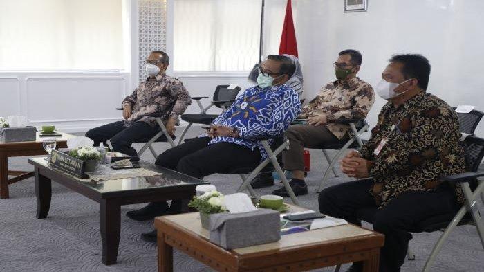Presiden Joko Widodo Bakal Pangkas Aturan Hambat Invetasi, Ini Kata Wakil Bupati Bogor Iwan Setiawan
