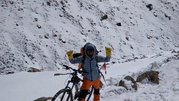 Kuli Pasar Bersepeda di Himalaya, Ini Etika Newbie Bersepeda Jarak Jauh Ikut Senior (3-habis)
