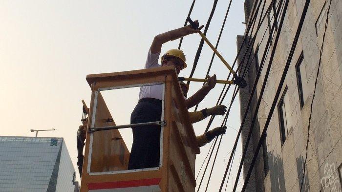 Terungkap Kabel Udara di Jalan Prof Dr Satrio Tidak Berizin sehingga Dipotong