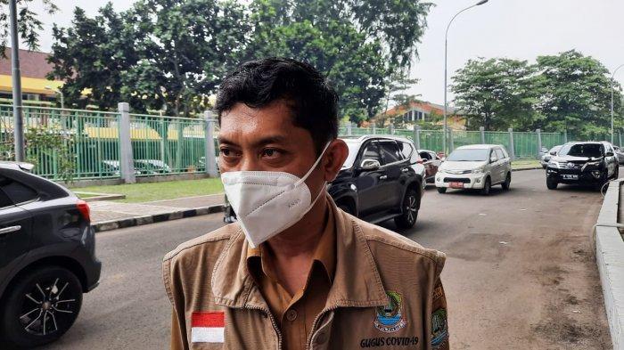 Camat Bekasi Utara Bertekad Perbaiki Jalan Duta Harapan-Telaga Mas yang Rusak Puluhan Tahun