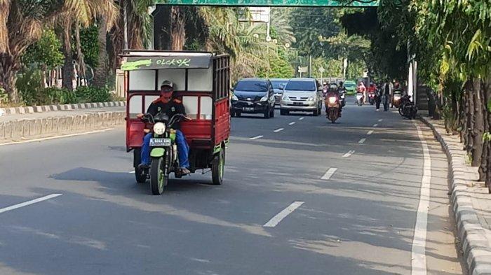 VIDEO Traffic Update: Arus Lalulintas di Jalan Daan Mogot Km 18 Ramai Lancar Minggu Pagi