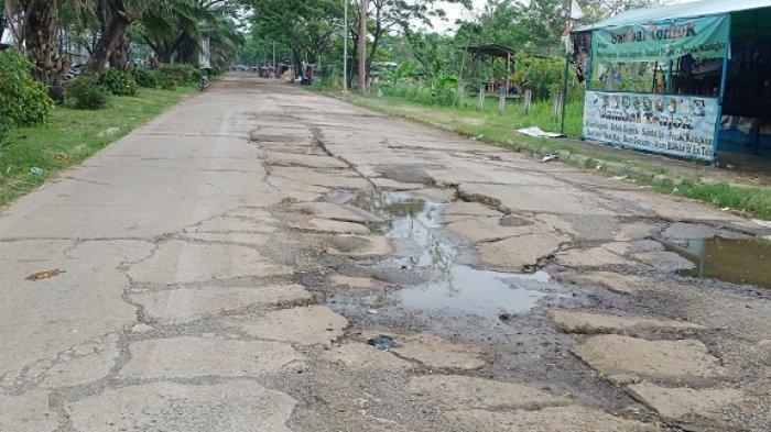 Belasan Pengendara Motor Alami Kecelakaan Tiap Hari di Jalan Raya Juanda Akibat Rusak Parah