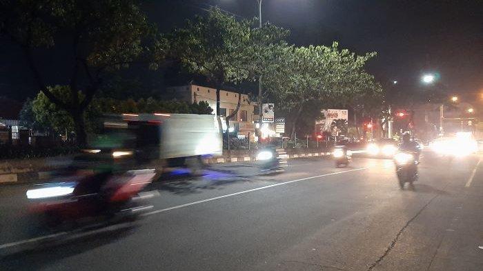 Arus Lalu Lintas di Jalan Margonda Raya Depok Terpantau Ramai Lancar