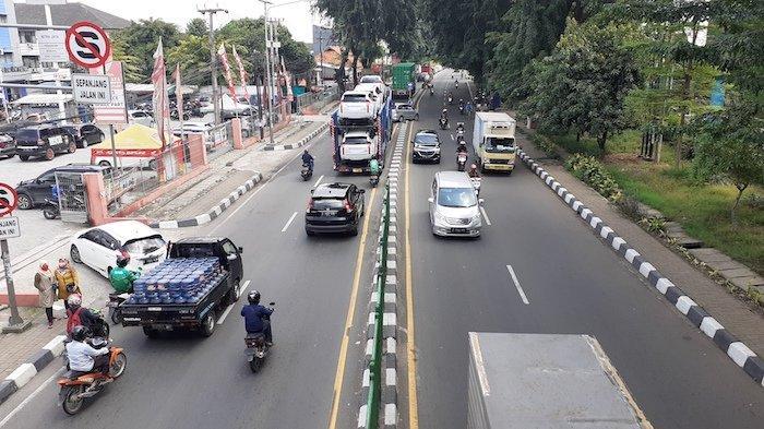 VIDEO: Sudah New Normal? Lalu Lintas di Kranji Bekasi Lancar  dan Banyak Angkutan Barang