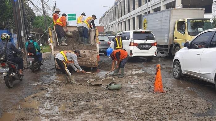Sudin Bina Marga Segera Lakukan Penambalan Jalan Rusak di Jakarta Pusat