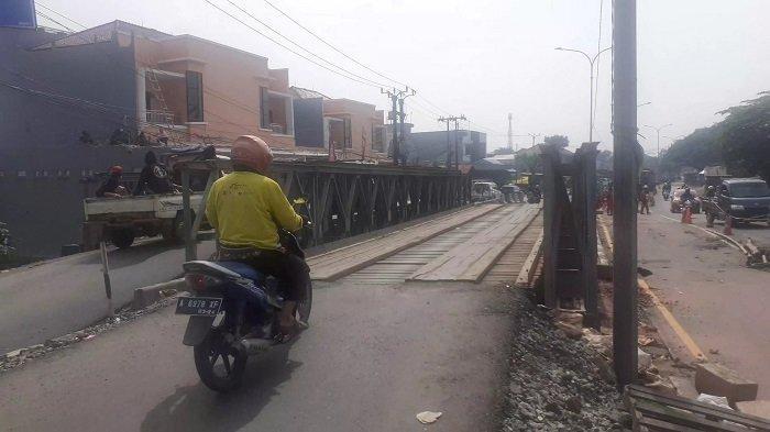 Jembatan Bailey di Jalur Pantura Bekasi-Karawang Sudah Berfungsi setelah Ambles Diterjang Banjir