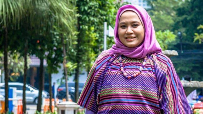 Jana Sandra, Sosok Wanita Yang Peduli Pada Kaum Dhuafa