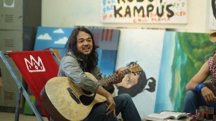 Selebgram Raden Rauf Melihat Ada Kisah Cinta Menyentuh Penonton di Film Koboy Kampus