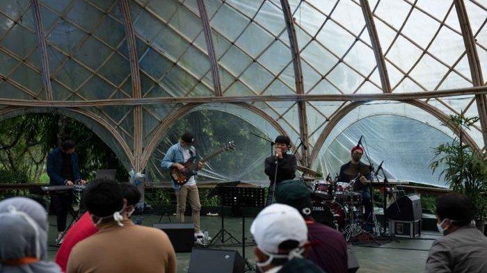 Jazz Gunung Ijen 2020 diselenggarakan di Taman Gandrung Terakota, Jiwa Jawa Resort, Banyuwangi, Jawa Timur, Sabtu (12/12/2020).