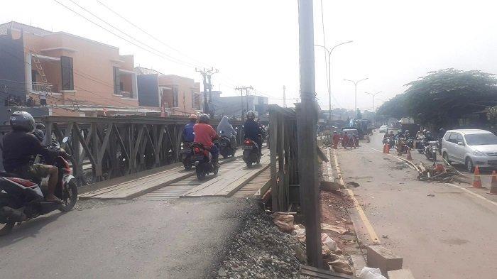 Warga Minta Jembatan Permanen di Jalur Pantura Bekasi-Karawang Sebelum Lebaran