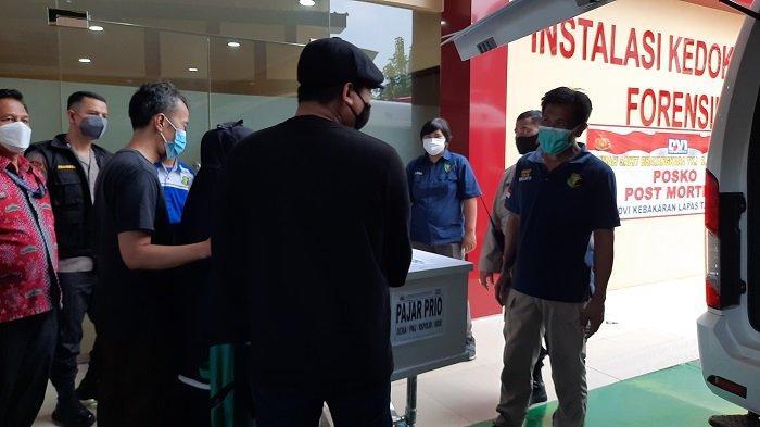 Ditjen Pemasyarakatan Serahkan 14 Jenazah Korban Kebakaran Lapas Tangerang kepada Keluarga
