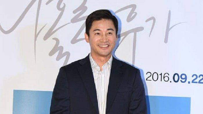 Aktor Jeon No Min berakting dalam drama Korea Love (ft Marriage and Divorce) 2. Dia beradu akting dengan mantan istrinya, Kim Bo Yeon.