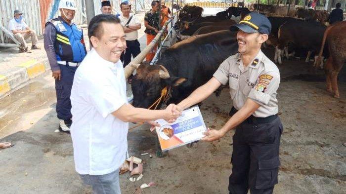 JICT Menyediakan 35 Ekor Hewan Kurban untuk Masyarakat Jakarta Utara dalam  Rangka Idul Adha