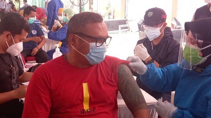 John Kei Jalani Vaksinasi Covid-19 di Rutan Salemba Jakarta, meski Mengidap Diabetes