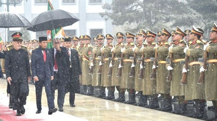 Presiden Jokowi Tolak Pakai Rompi Anti-peluru Selama di Afghanistan
