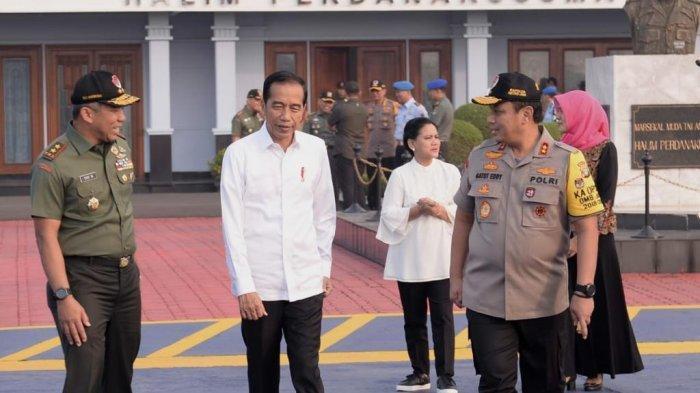 Jokowi: Negara Lain Sudah Jauh Bangun Infrastruktur, Kita Masih Saling Benci