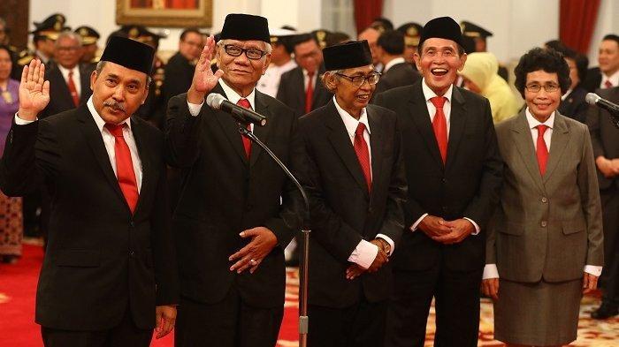 Bukan Lima Anggotanya, yang Dipersoalkan Banyak Pihak Adalah Kewenangan Dewan Pengawas KPK