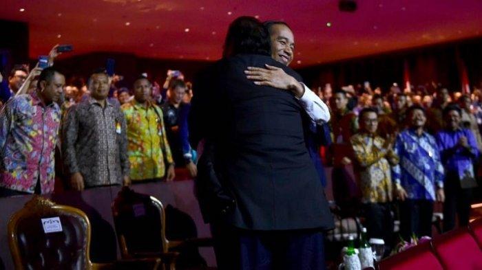 Akhirnya Peluk Erat Surya Paloh di Ultah Partai NasDem, Jokowi Akui Cemburu