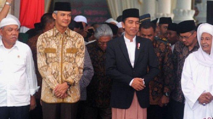 Presiden Jokowi Bersarung, Perancang : Dia Itu Trendsetter, Lho!