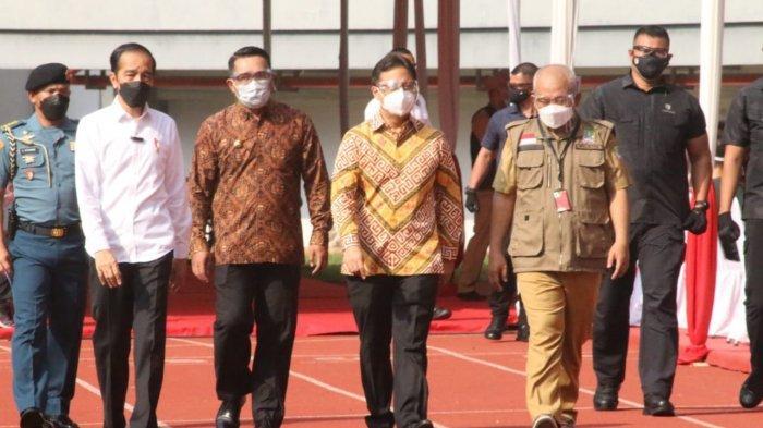 Tinjau Bareng Ridwan Kamil, Jokowi Berharap Vaksinasi Massal Kota Bekasi Jadi Role Model
