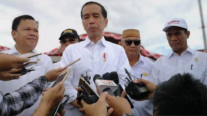 Karena Fitnah dan Hoaks, Jokowi Mengaku Elektablitasnya Turun 8 Persen