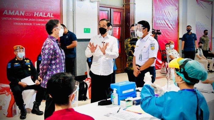 VIDEO : Penumpang KRL di Bogor Dapat Vaksinasi Covid-19