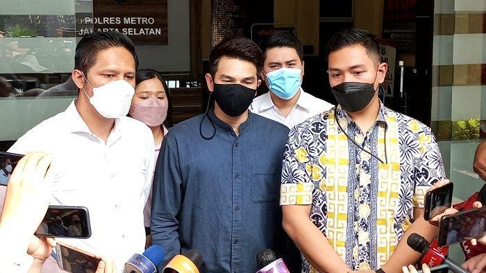 Dhena Devanka Gugat Cerai Jonathan Frizzy ke Pengadilan Agama, Benarkah Karena Ririn Dwi Ariyanti?