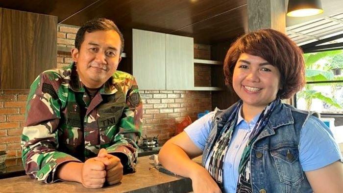 Penyanyi Joy Tobing akan menikah bersama Cahyo Permono yang bekerja sebagai perwira menengah TNI AD di kawasan Pamulang, Tangerang Selatan, Sabtu (25/9/2021).