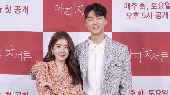 Drama Korea How To Be Thirty Bikin Hani Exid Ingin Pacaran dengan Pria Lebih Muda