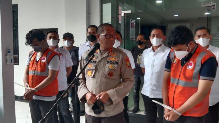 Kabid Humas Polda Metro Jaya Kombes Yusri Yunus menjelaskan penangkapan selebgram Abdul Kadir terkait kasus narkoba jenis sabu di Mapolda Metro Jaya, Kebayoran Baru, Jakarta Selatan pada Senin (1/2/2021).