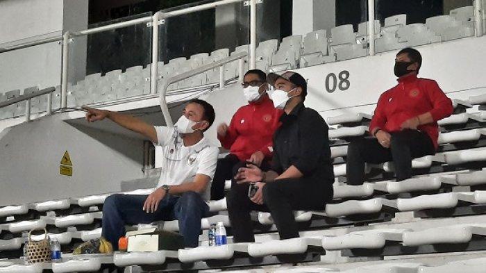 Kaesang Pangerep Pantau Cara Melatih Shin Tae-yong pada Skuad Timnas Indonesia di Stadion Madya
