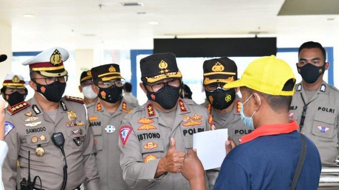 Kakorlantas Irjen Istiono Sambangi Terminal Pulogebang, Pantau Penerapan Prokes PPKM Mikro