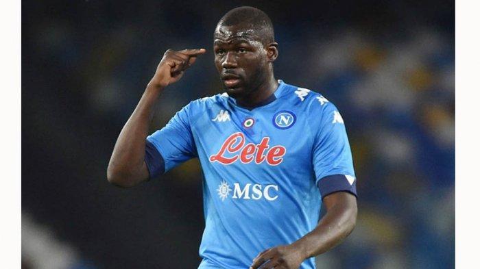 Bek Napoli Kalidou Koulibaly pernah menjadi pemain incaran Antonio Conte saat menangani Chelsea dulu