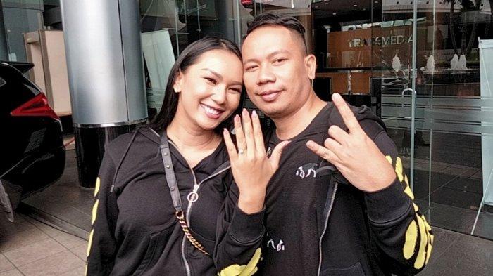 Menikah Hari Minggu Besok, Kalina Oktarani Tiba-tiba Batalkan Pernikahan dengan Vicky Prasetyo