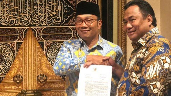 VIDEO: Respon Tuntutan Demo Mahasiswa di Bandung, Ridwan Kamil Temui Pimpinan DPR