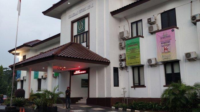 Kantor Kejaksaan Negeri (Kejari) Kota Depok, Cilodong, Kota Depok, Jawa Barat, tempat dimana Kepala Dinas Damkar Kota Depok menjalani pemeriksaan kasus dugaan korupsi, Selasa (15/6/2021).