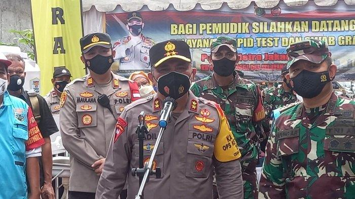 Kapolda Metro dan Pangdam Jaya Tinjau Posko Swab Antigen Gratis untuk Pemudik di Mangga Dua Selatan
