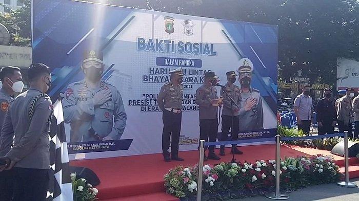 Jelang HUT ke-66 Korps Lalu Lintas Polri, Ditlantas Polda Metro Jaya Bagikan 6.600 Paket Sembako