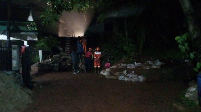 Hujan Tak Lebih Lima Jam Mengakibatkan Depok Diterjang Genangan di 10 Titik Disertai Pohon Tumbang