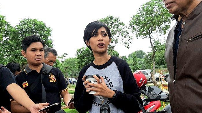 Karen Pooroe Tak Mau Ikuti Langsung Proses Autopsi Zefania Carina di TPU Tanah Kusir Jakarta