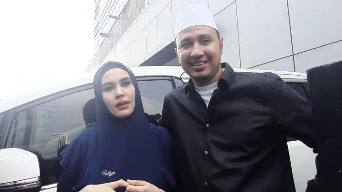 Umrah Membawa Bayi, Mengapa Kartika Putri dan Habib Usman Sepakat Tidak Bawa Baby Sitter?