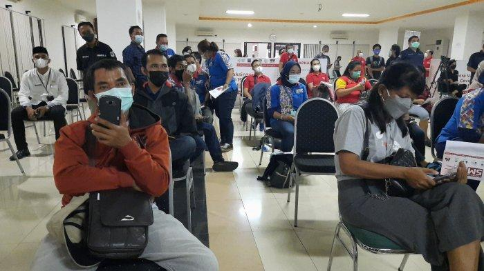 Pelaku UMKM di Pasar Tomang Barat Ini Senang Jalani Vaksin, Jadi Tak Khawatir Lagi Ketemu Pelanggan