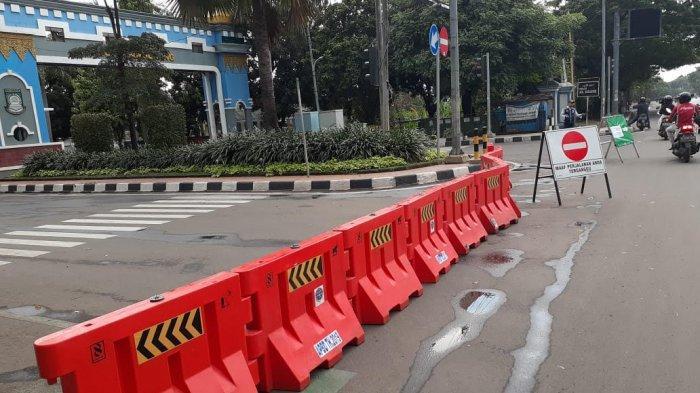 VIDEO: Kawasan Puspemkot Tangerang Terapkan Lockdown Lokal
